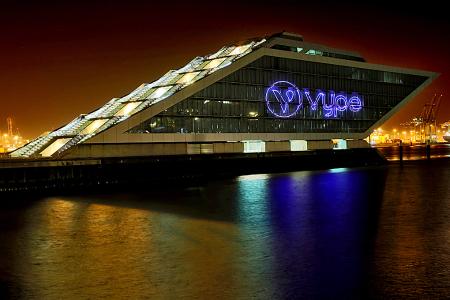 Vype Logo auf Docklands, Fotograf Manfred Freye Hamburg