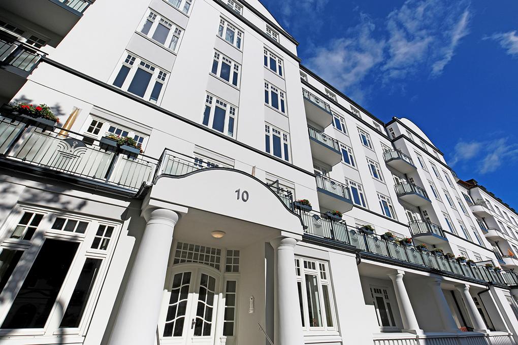 Weißes Wohnhaus Hamburg, architekturfoto Manfred Freye